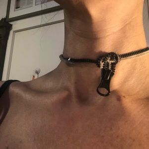 SocietyBitch by I.Mitchell Jewelry - « YKK neck zipper » original choker necklace